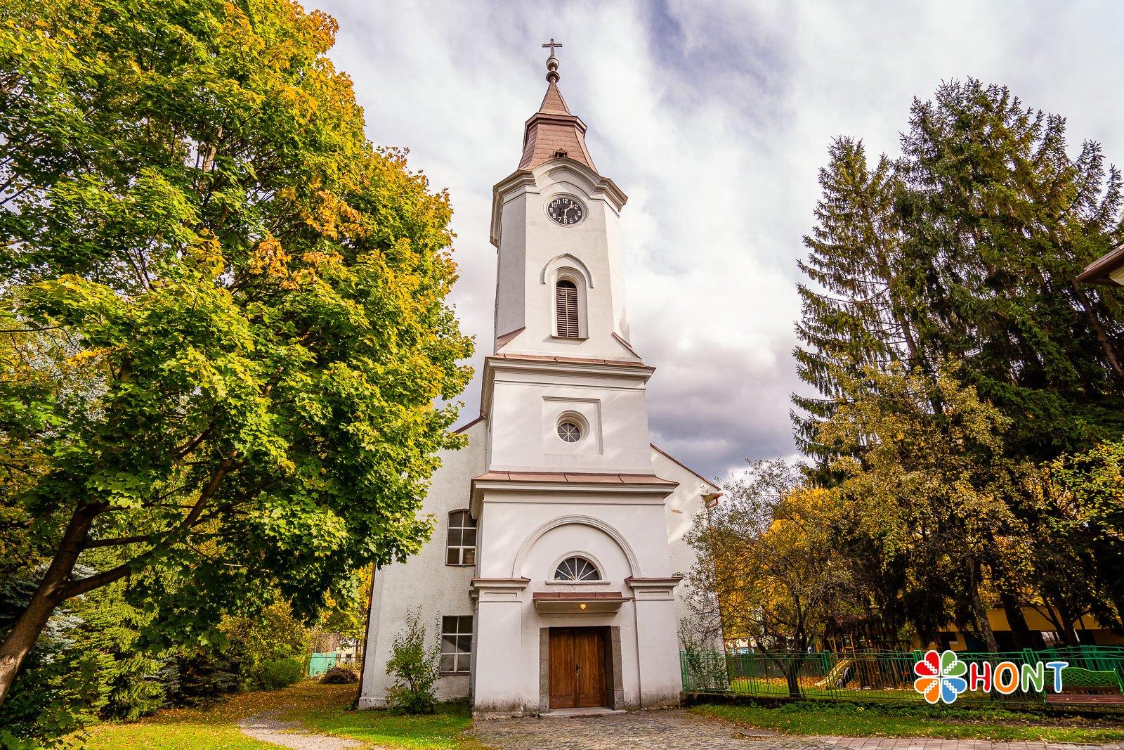 Evanjelický kostol v Banskej Bystrici - v Radvani